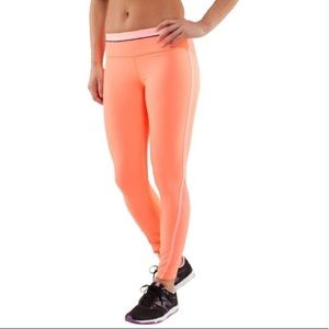 Lululemon Run Pace tight in coral